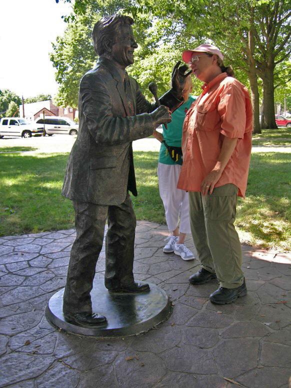 Commission Bill Riley statue, Iowa Falls, Iowa, Max-Cast
