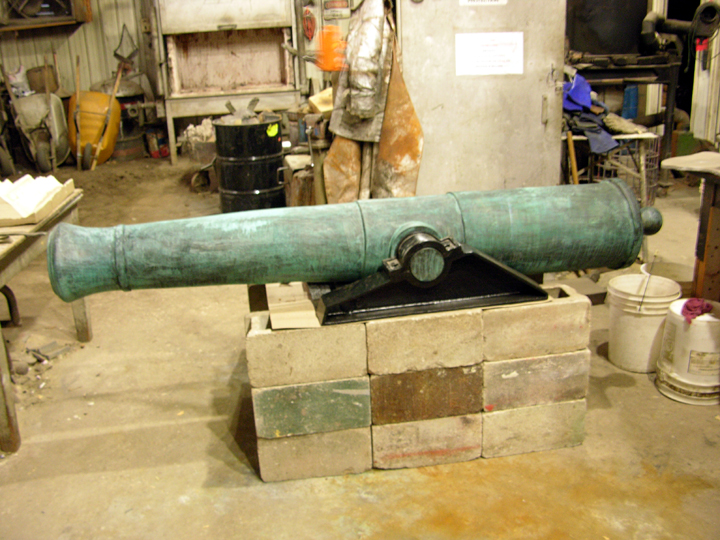Finished Cannon with carriage, Forest City, Spanish Cannon replica, Max-Cast, 2013