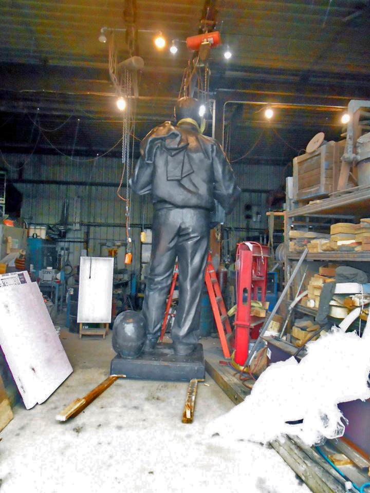 Restored Nile Kinnick statue, Max-Cast, 2018